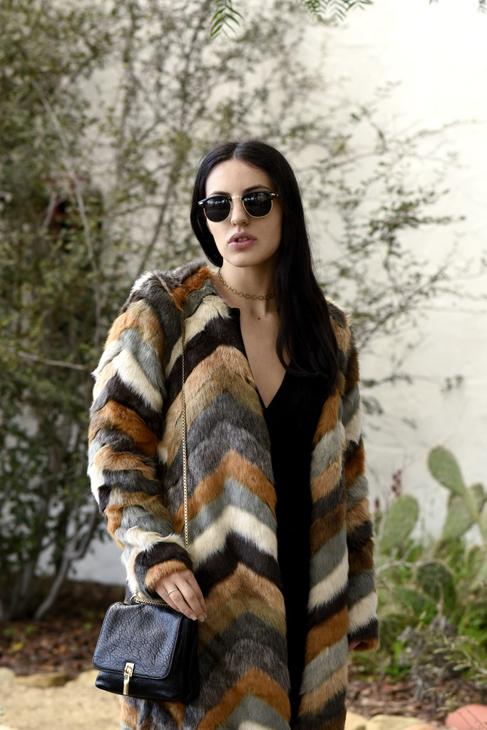 mission fur 43 zpszmnoa2u5 Styling: Designer Trends, Gucci