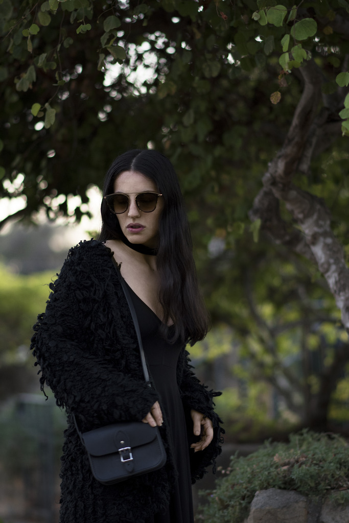 rose garden 333 zpslgac0cif Closet Staples: Classy Black Dress
