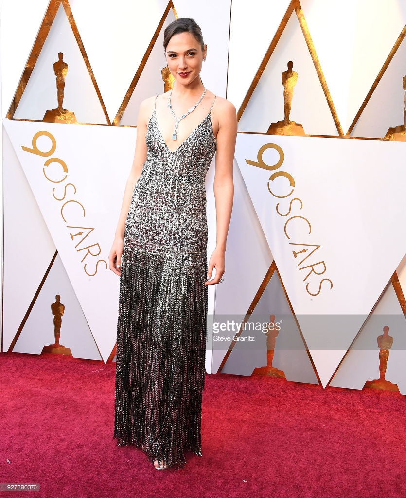 gal gadot arrives at the 90th annual academy awards at hollywood on picture id927390370 Best Dressed: Oscars 2018